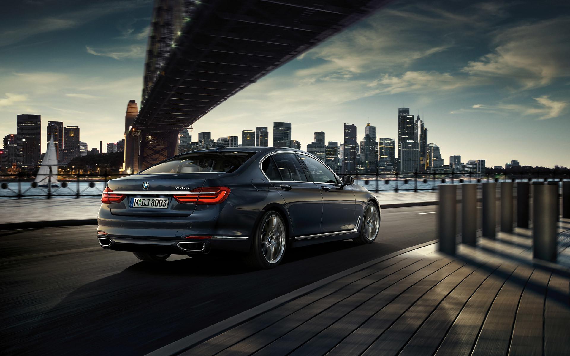 Die Reichweite Und Performance Eines BMW TwinPower Turbomotors Gepaart Mit Der Effizienz Elektromotors 7er EfficientDynamics